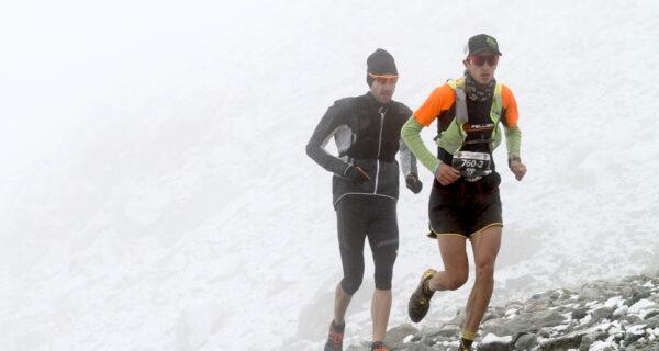 Xavier Chevrier e Henri Aymonod trionfano al Collontrek. Neve e nebbia in quota non hanno fermato lo spettacolo