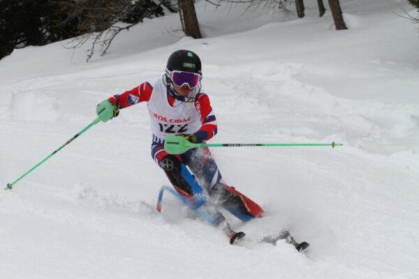 Sestriere al comando dello Ski Club Challenge. Condizioni difficili a Pila, ma programma completato